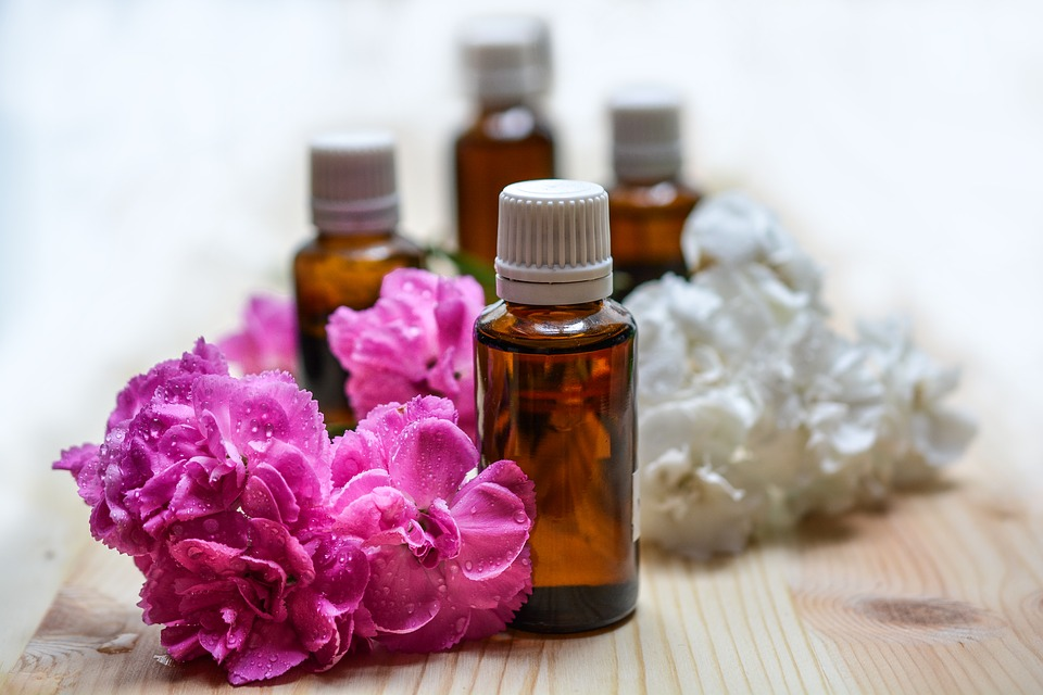 Best Essential Oils and Their Amazing Uses